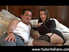 Molodaja parochka ljubitelej seksa