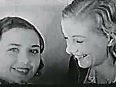 Классическое видео лесбиянок с волосатыми кисками