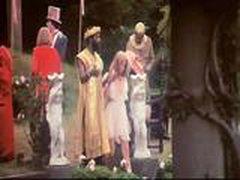 Классическое видео с Алисой в стране чудес