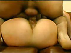 Анальный секс мамочки с волосатой киской