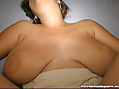 Зрелая мамочка с большими сиськами
