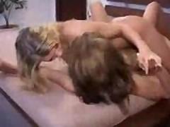 dve lesbi zhestoko zanimajutsja seksom grubyj seks lesbijanok 544065182