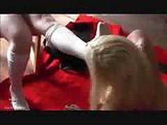Seksual'naja blondinka v bondazhe