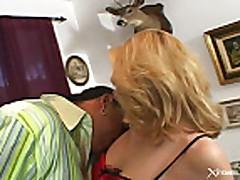 Mezhrasovyj s nimfo-blondinkoj Kelli Ujells (Kelly Wells)