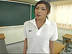 Riko Tachibana (Riko Tachibana) v kupal'nike 2 iz 3