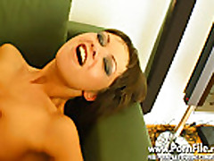 Anal'nyj seks s dvojnym proniknoveniem v moloden'kuju