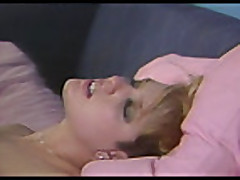 Klassicheskoe porno s mamochkoj blondinkoj