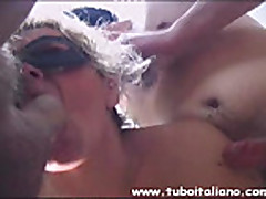 Gruppovuha so zrelymi mamochkami iz Italii