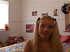 Секс с молоденькой блондинкой