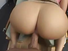 Алексис любит снять на камеру свой секс