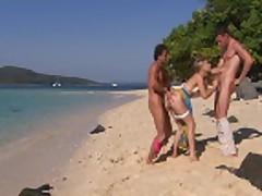 Na tropicheskom pljazhe v anal