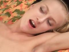 Анальный секс тощей блондинки