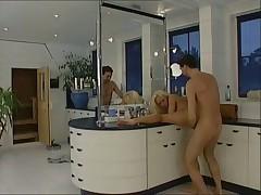 Трудный трах в ванной