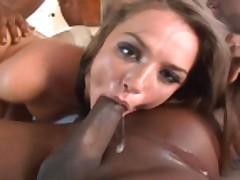 Mezhrasovyj seks vtroem s Tori