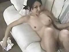Супер сексуальная азиатская девочка и ее пальчики в пизде
