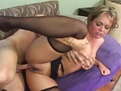 Горячий секс с опытной мамашей