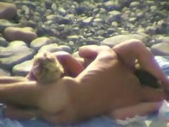 Подсмотрено на пляже