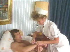 Визит медсестры - всегда событие. Тем более - такой