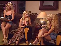 Три лесбиянки