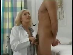 Докторша и пациент