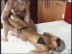 Секс в бикини