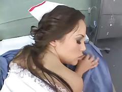 Зажигательная медсестра