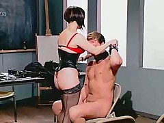 Дамочка наказала мужика