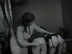 Наказание непослушных девченок