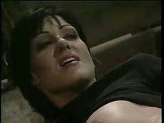 Джинна Файн принимает в задницу от Дэйва Хардман