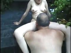 65-летний мужик и молодая деваха