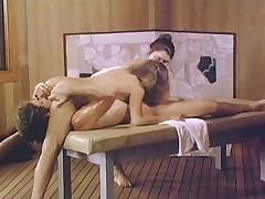 Массажно-трахательный стол