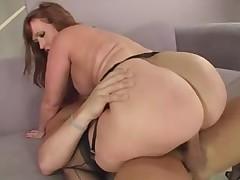 Порно видео с сексуальными мамочками