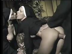 Развратные монашки видео